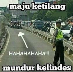 10 Meme Tentang Pengendara Motor di Indonesia Ini Bikin Kamu Ngakak Sampai Mules