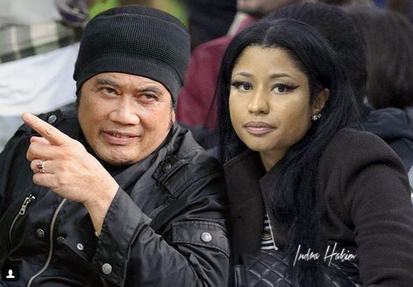 Nicki Minaj ngebet banget pengen foto sama Bang Haji Rhoma Irama gengs, sang raja dangdut.