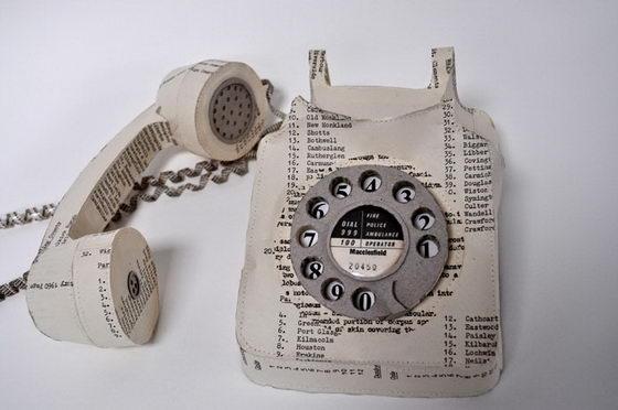 Ngomongin retro kurang lengkap kalau nggak ada telepon jadul. Pernah punya nggak dirumah kalian?.