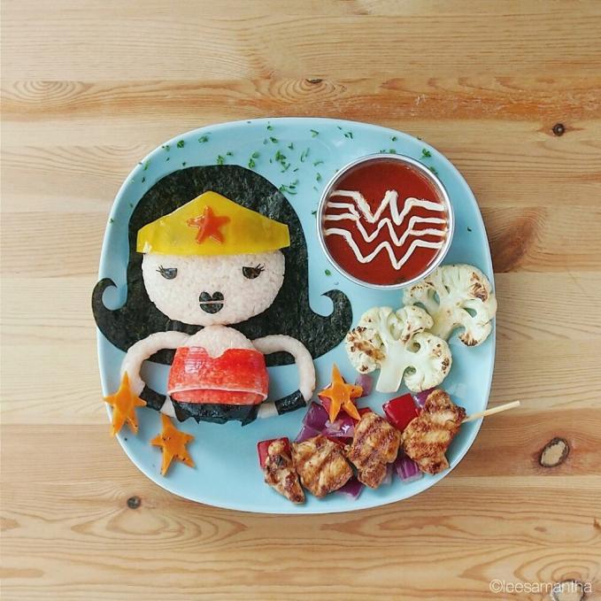 Karakter Wonder Woman nampak imut banget disesuaikan dengan karakter anak.