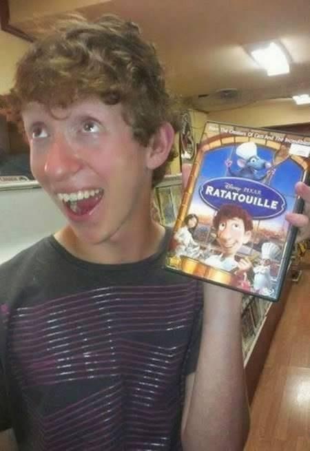 Nggak cuma kakek Carl, sahabat tikus dalam film Ratatouille ini juga punya kembaran di dunia nyata.