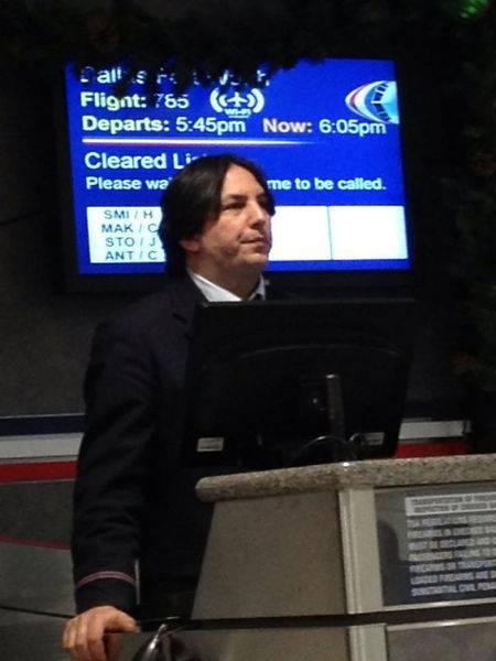 Profesor Snape dalam Film Harry Potter yang ada di dunia nyata. Uniknya, pria ini juga berprofesi sebagai dosen lho, Pulsker.