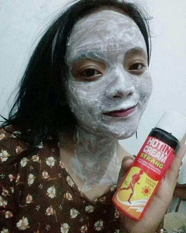 Masker ini akan membuat wajahmu jadi merah merona :D