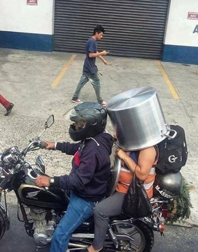 Helm Safety Riding. Kira-kira sudah ada sertifikat SNI belum ya?