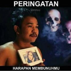 Kompilasi Poster Parodi Peringatan Bahaya Merokok yang Nampol Abis