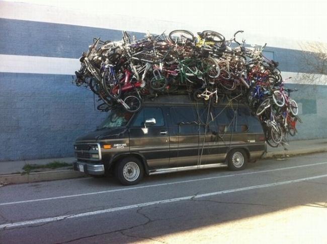 Daripada nganggur, numpuk dirumah mending diloakin. Ayo siapa mau beli sepedanya?.