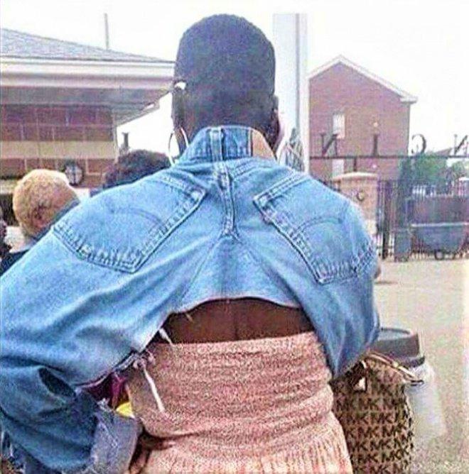 DIY jaket Dilan, bisa diakali pakai celana jeans yang udah nggak terpakai.