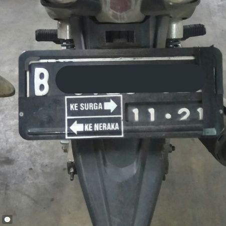 Lurus lempeng aja, ntar jangan lupa belok ke kanan.
