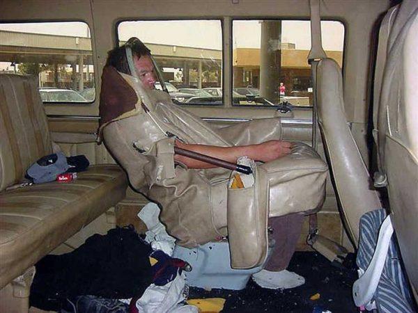 Ini jok mobil multifungsi banget, bisa juga ntuk dijadikan jaket lho. Minat PM ya!