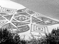 Seniman Perancis Membuat Lukisan Raksasa Menakjubkan di Pantai, dan Berikut Hasilnya !
