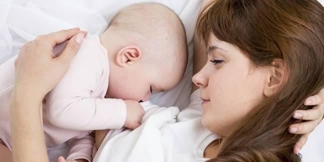 Bagi yang mempunyai buah hati dan air susunya sudah keluar maka sebaiknya disusukan atau diberikan kepada bayinya karna menyusui adalah proses menjaga keseimbangan hormon esterogen.sehingga kanker payudara akan bisa dihindari