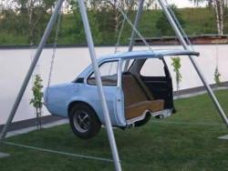 Keren.. 10 Mobil Bekas Ini Disulap Jadi Perabot Rumah Tangga Unik