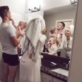 Wow Keren! 9 Konsep Foto Keluarga Ini Nggak Hanya Terlihat Kompak Tapi Juga Unik. Boleh Ditiru