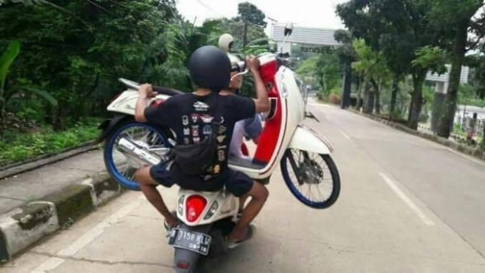 Motor naik motor !