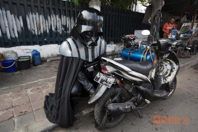 Siapa yang sudah menyerangmu mas Vader ?