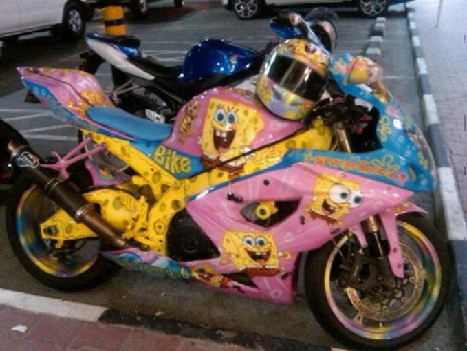 Bisa dipastikan jika pemilik dari motor ini tinggal di Bikini Bottom.