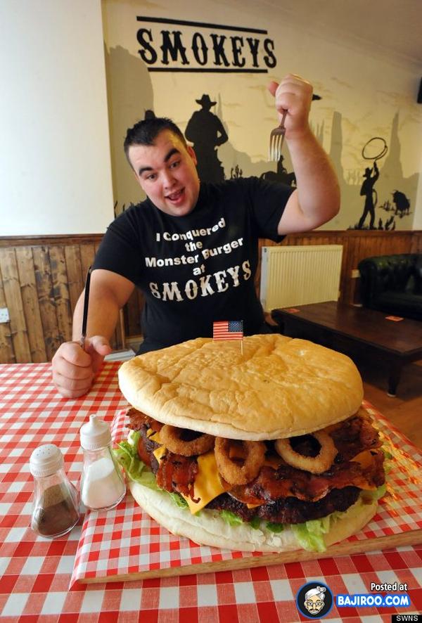 Yakin nih mas kuat makan sendirian nggak ada yang nemenini atau bantuin makan?