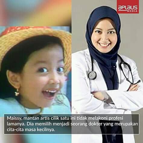 Seiring berjalannya waktu, mantan penyanyi cilik Maisy kini beralih profesi menjadi seorang dokter yang merupakan cita-cita masa kecilnya dulu. Wah, beruntung banget ya!