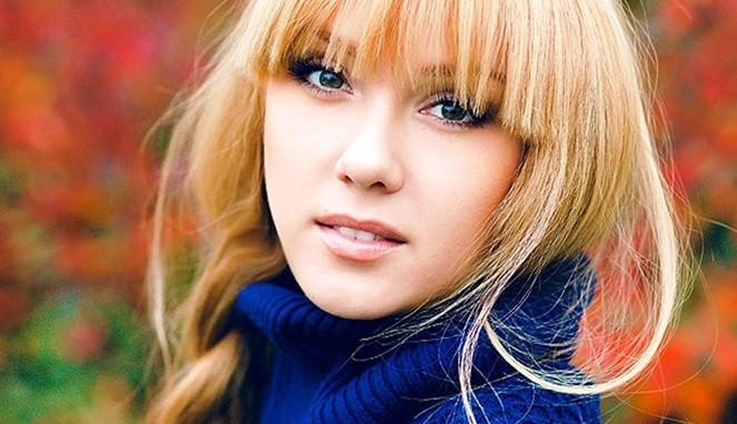 Ukraina Wanita - wanita dinegara ini mempunyai tubuhdan paras yang cantik bak suprmodel, jadi jika kamu pengen menjadikan wanita ukraina menjadi model, tinggal comot saja pasti langsung memenuhi syarat menjadi model. Tetapi wanita Ukraina juga mempunyai kebiasaan gold digger atau suka dibayarin, tapi nggak semua loh.
