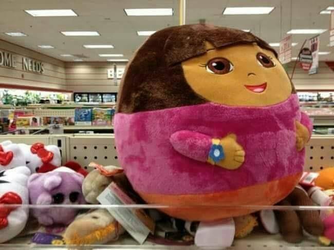 Kalau kayak gini sih si Dora sepertinya lagi obesitas tuh.