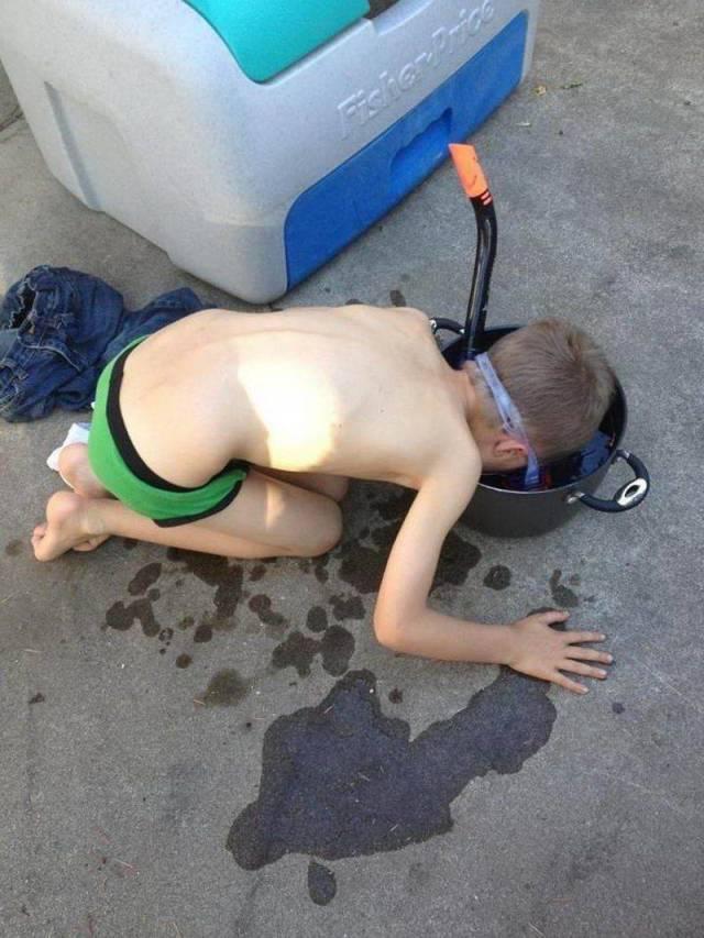 Sebelum terjun ke kolam sebenarnya boleh lah latihan dulu di ember.