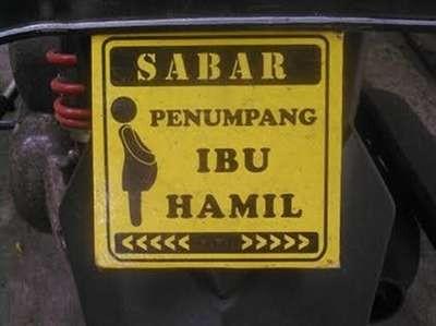 Kalau nemu penmupang ibu hamil, kamu harus sabar di jalanan ya.