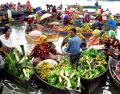 Unik dan Menarik. Jelajah Pasar Apung Indonesia Dari yang Tradisional Sampai yang Kekinian