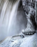 Menakjubkan!! 9 Kondisi Air Terjun Saat Membeku Bak Negeri Dongeng yang Indahnya Kebangetan!