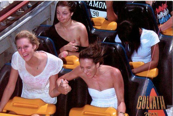 Ada yang sampai ketiduran di roller coasternya tuh Pulsker.