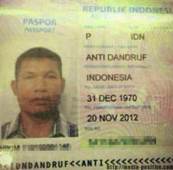 Nama Orang Terunik yang Tercantum di Paspor