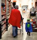 Momen Keseruan Saat Ayah Bermain Bersama Anaknya