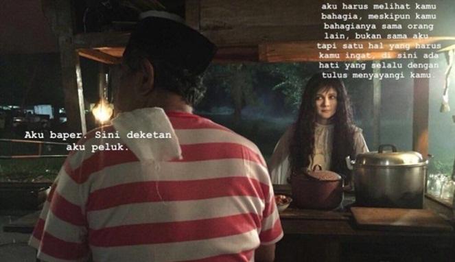 Hantunya terinspirasi dari kata-kata Mas Pur yang sukses bikin baper penjual satenya.