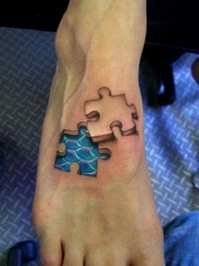 Tato tiga dimensi seolah kulitnya bisa dibuka dan dipasang kembali layaknya sebuah puzzle.