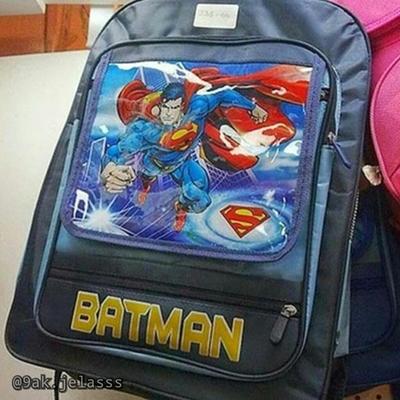 Yang penting sama-sama superhero.