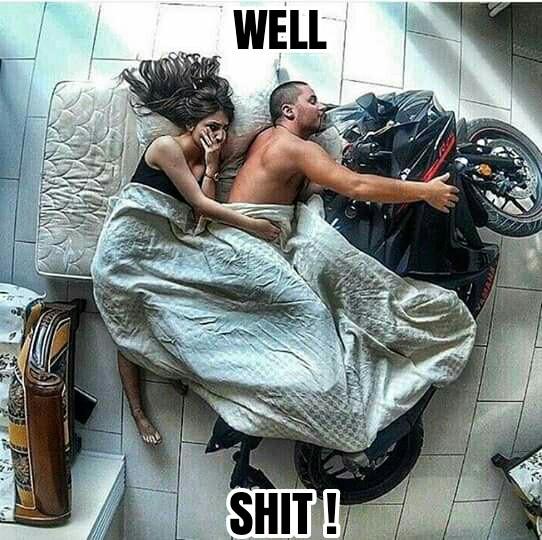 Saat suami lebih sayang sama kendaraan daripada sama istrinya sendiri.
