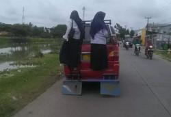 Kejadian Unik di Jalanan yang Tertangkap Kamera Netizen