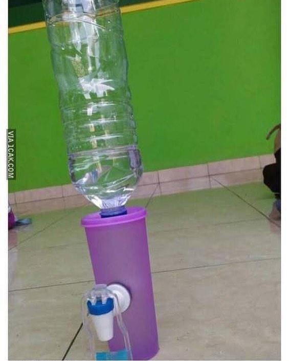 Mini dispenser. Kurang kerjaan atau gimana ya?