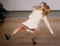 Foto Detik-Detik Saat Model Jatuh di Catwalk