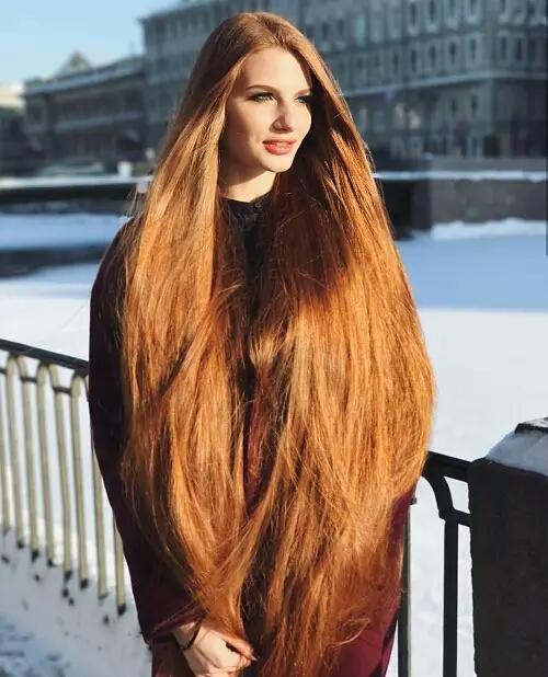 Dengan perawatan jangka panjang akhirnya rambutnya bisa seperti ini.