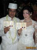 9 Foto Jadul Pernikahan Selebritis. Lucu dan Ada yang Vintage Banget