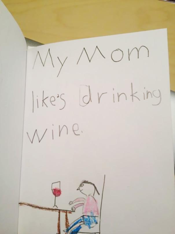Bocah lainnya juga menggambarkan kalau ibunya suka banget minum wine Pulsker.