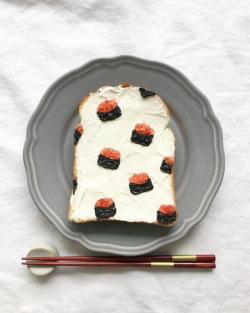 Begini Kalau Roti Dijadikan Media Seni Lukis Keren, Sayang Buat Dimakan!