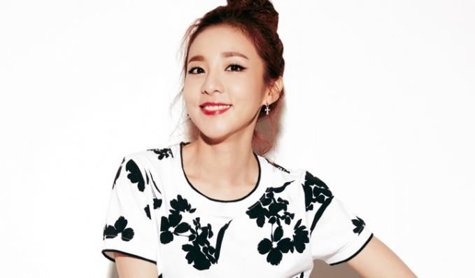 Sandara Park - Artis yang sebelum terkenal difilipina dan bergabung dengan super girl grup 2NE1 hingga akhirnya membintangi sebuah film, kekayaannya ditaksir 16 Juta Dolar AS