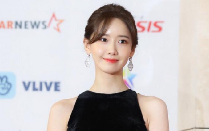 Yoona - Penyanyi jebolan Girls Generation yang kini menekuni seni peran di korea dan cina memiliki kekayaan sebesar 11 Juta Dolar AS