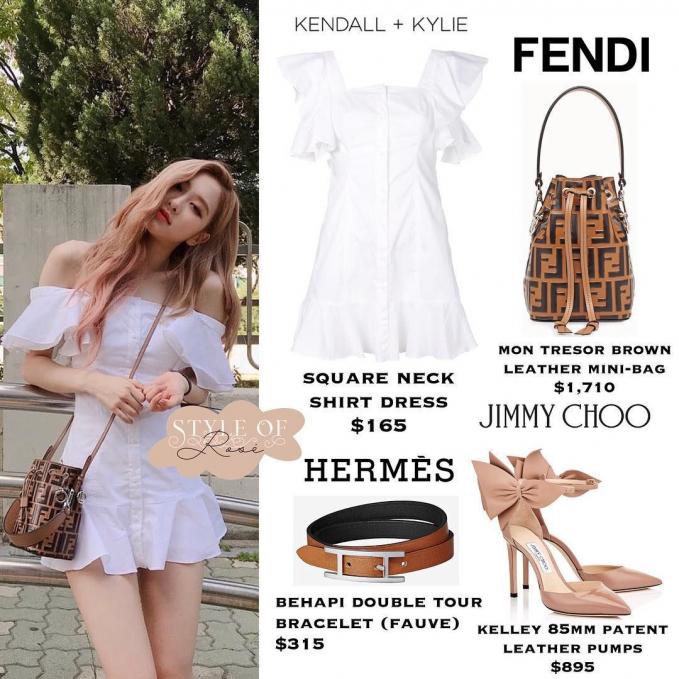 Shirt dress dilengkapi mon tresor brown leather mini bag dari Fendi membuat terlihat manis, setelan ini seharga Rp. 24,8 juta.