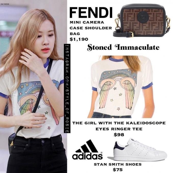 terlihat simpel mini camera case shoulder bag dari Fendi ini tapi harganya 24,8 juta.