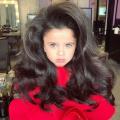 Mia Aflalo Gadis Cilik Cantik Dengan Mata dan Rambut Indahnya yang Luar Biasa
