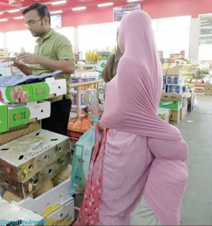 Fungsi lain dari hijab seorang ibu.