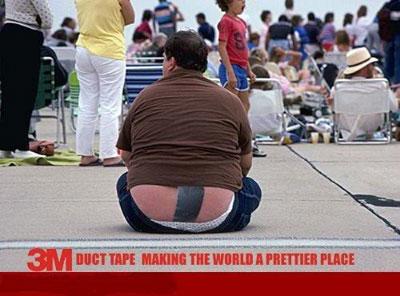 Hal kayak gini harusnya nggak boleh diperlihatkan di tempat umum, nggak malu apa?.