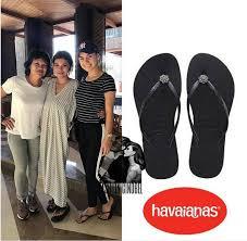 Irish Bella Sering berpenampilan casual dan sporty, ternyata Irish Bella sering kedapatan mengenakan sandal, dan harga sandalnya keluaran Havaianas ini sebesar Rp 633.967